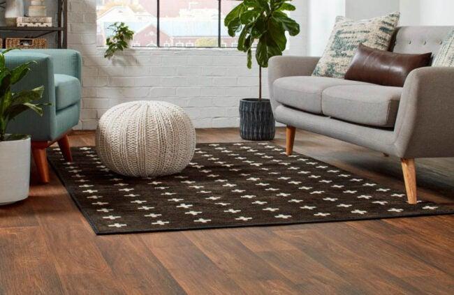 The Best Vinyl Plank Flooring Brands Option: Mohawk
