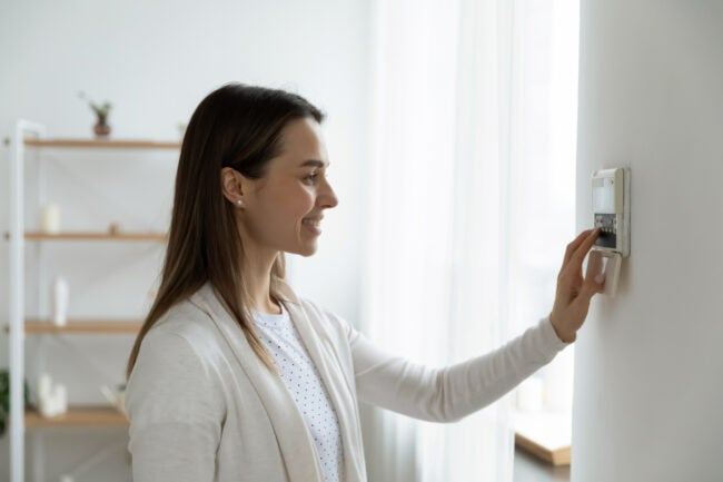 What Temperature Should I Set My Thermostat in Winter