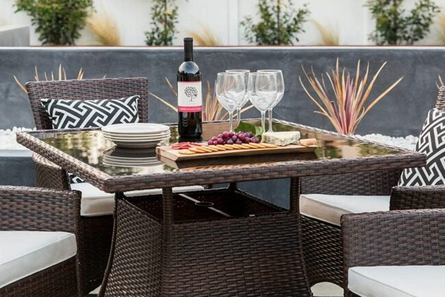 The Outdoor Dining Set Option