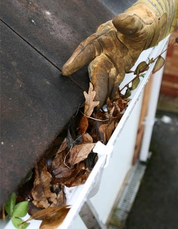 Gutter Cleaning Cost Factors in Calculating the Cost