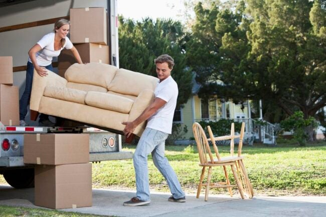 How Much Do Movers Cost Benefits