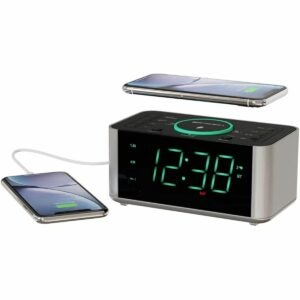 The Best Tech Gifts Option: Emerson Alarm Clock Radio and Phone Charger