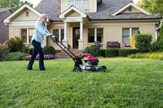 The Best Gas Lawn Mower Option