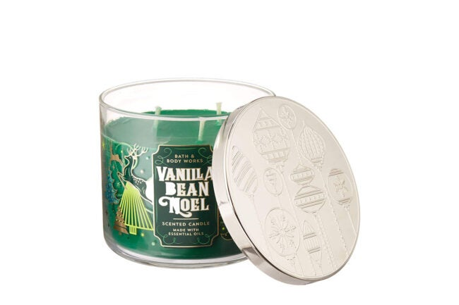 The Best Christmas Candle Option: Bath & Body Works Vanilla Bean Noel Candle