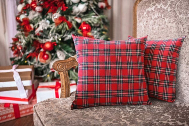 The Best Christmas Decoration Option: 4TH Emotion Christmas Scottish Plaid Pillow Covers