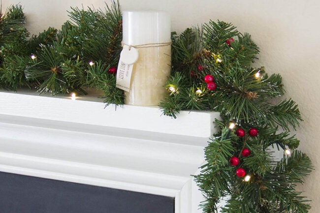 The Best Christmas Garland Option: Best Choice Products 9ft Pre-Lit Cordless Artificial Christmas Garland