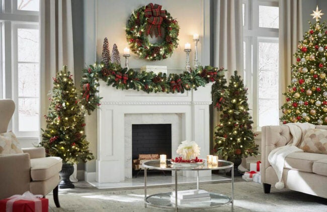 The Best Christmas Garland Option: Home Accents Holiday Woodmoore Pre-Lit Artificial Christmas Garland