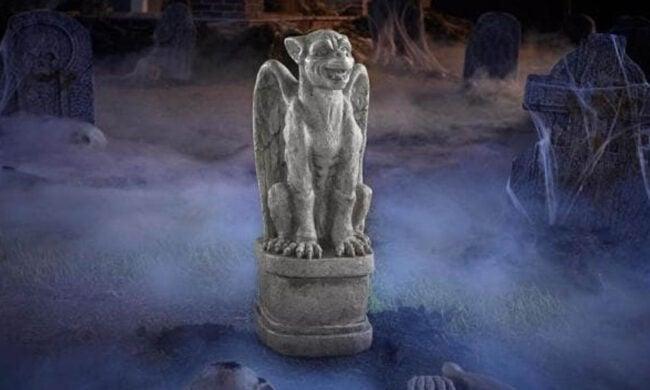 The Best Halloween Decorations Option: 24 in. Gryphon Statue
