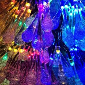 The Best Solar Christmas Light Option: Lemontec Solar Water Drop String Lights