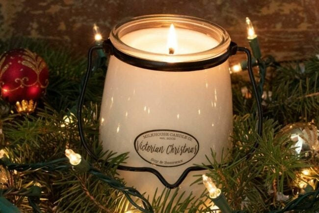 The Best Christmas Candle Option