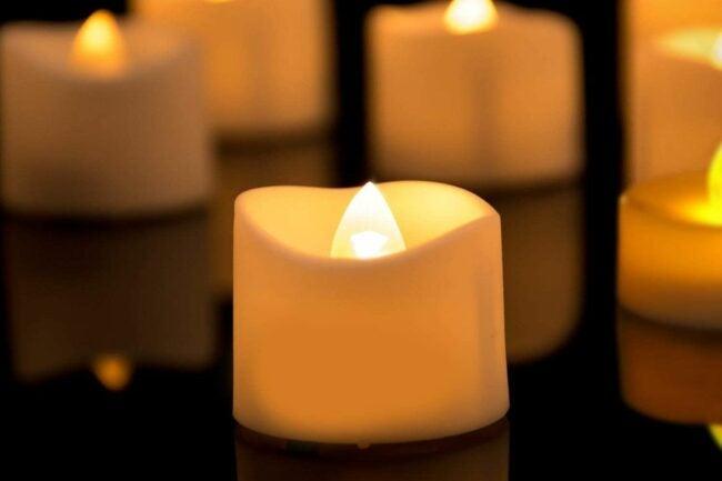 The Best Christmas Candle Option: Homemory LED Tea Lights