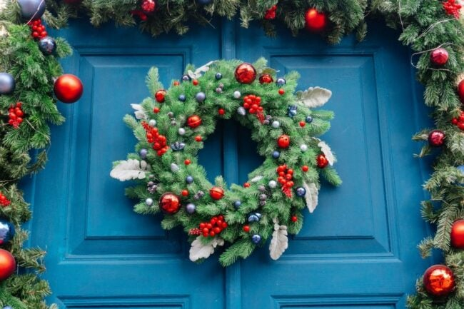 The Best Christmas Wreaths Option