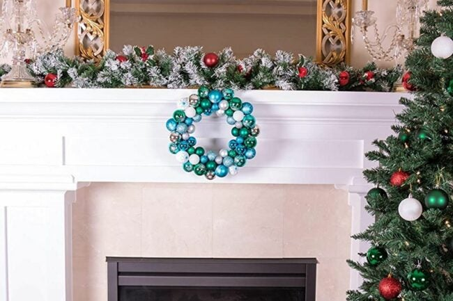 The Best Christmas Wreaths Option: Clever Creations 13 Inch Artificial Christmas Wreath