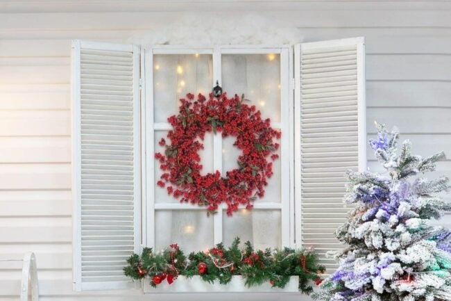 The Best Christmas Wreaths Option: Kenking Red Berries Christmas Wreath for Front Door