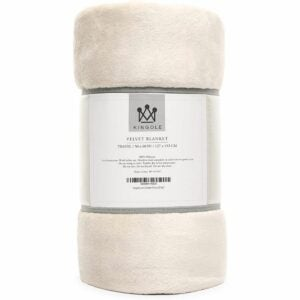 The Best Gifts for New Homeowners Option: Kingole Flannel Fleece Microfiber Throw Blanket