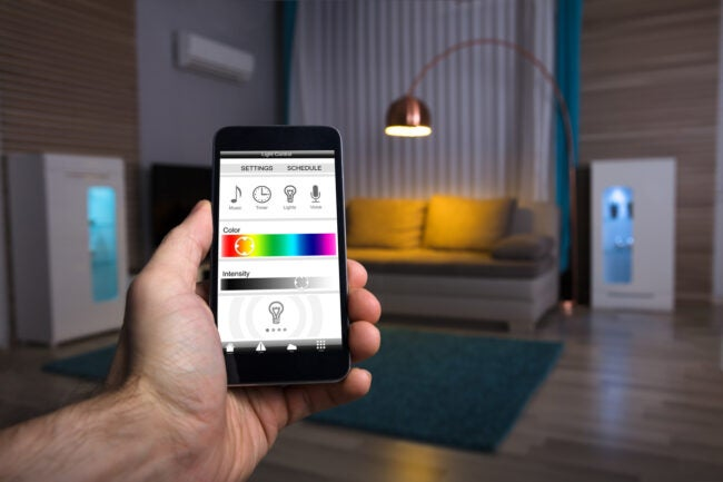 what is a smart plug