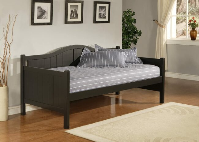 Deals Roundup 10/7 Option: Hillsdale Furniture Staci Daybed