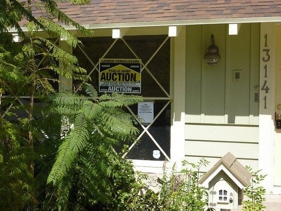 Buying a Foreclosed Home - Signage