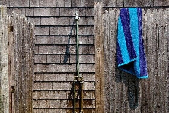 Outdoor Showers 101
