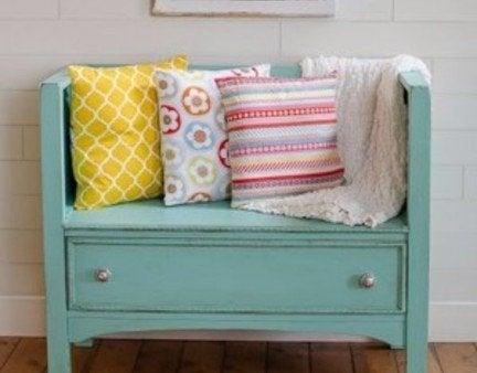 Diy dresser bench featured 300x300