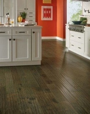 Kitchen Flooring Ideas 8 Popular, Laminate Flooring Kitchen Ideas