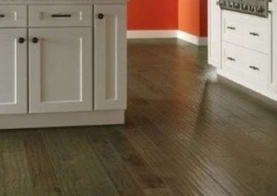 Kitchen Flooring Ideas 8 Popular, How To Get Smoke Smell Out Of Laminate Flooring
