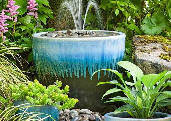 Diy Fountain Ideas 10 Creative, Pictures Of Water Fountains In Gardens