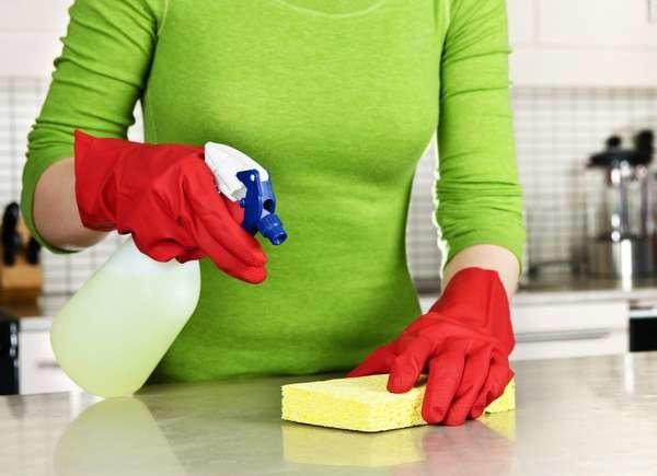 تطهير الأسطح المنزلية