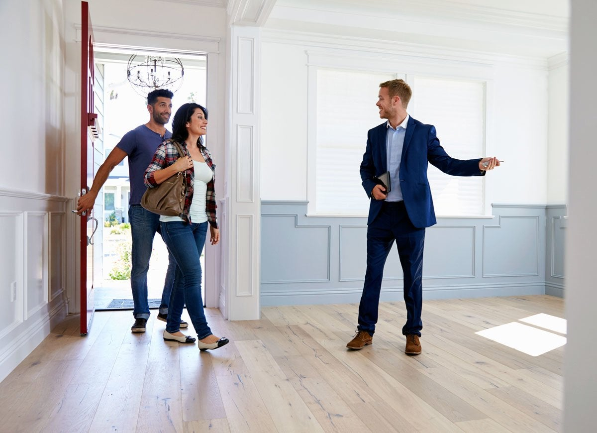 House Hunting? Check Out These Helpful Tips!
