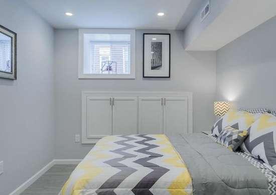 Спальня на цокольном этаже
