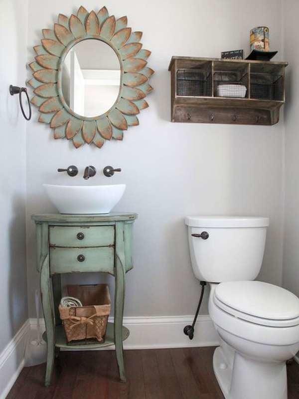 Маленькая ванная в деревенском стиле