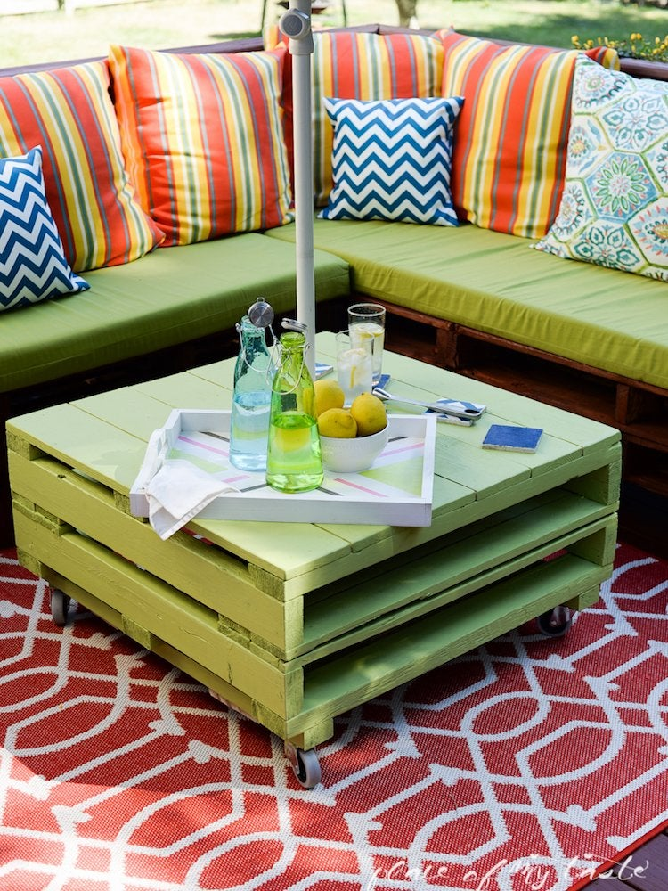 Diy Outdoor Furniture 10 Easy, How To Make Your Own Cushions For Outdoor Furniture