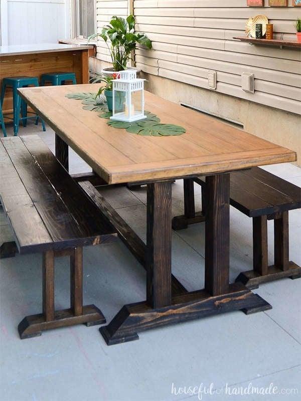 Обеденный стол своими руками на открытом воздухе