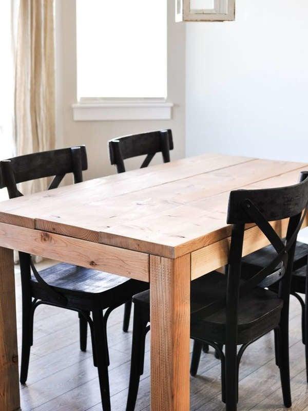Небольшой деревянный обеденный стол своими руками