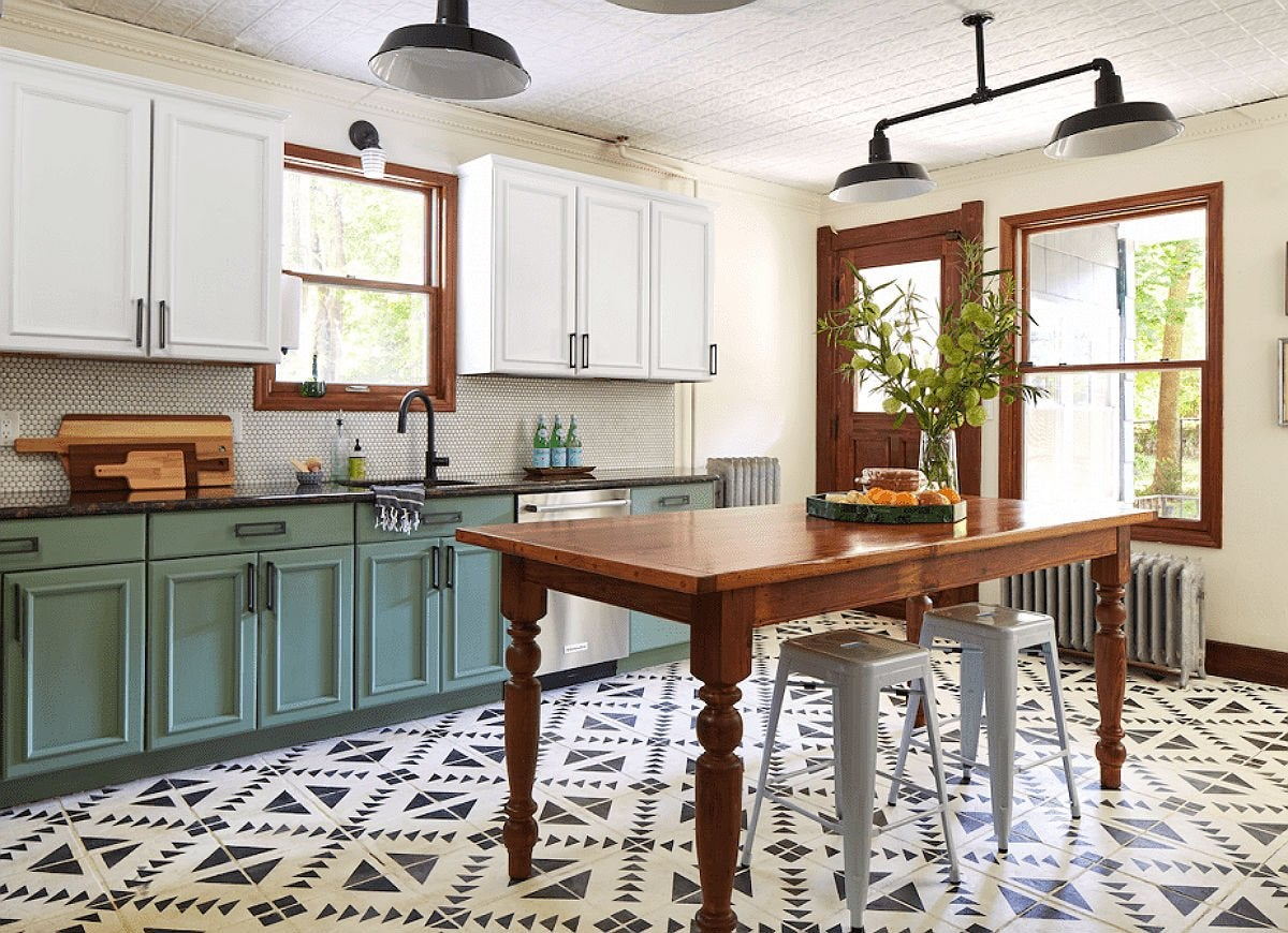 Painted Floors 9 Colorful and Creative Ideas for Wood, Tile, and ...