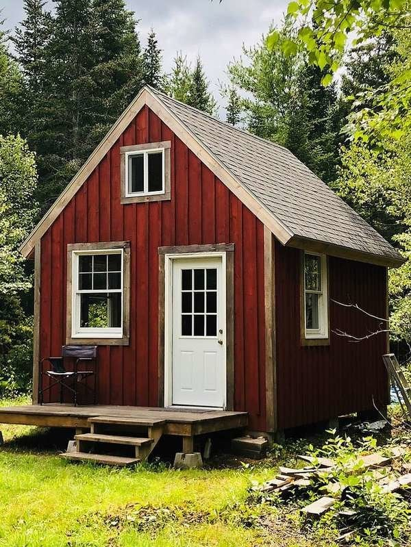 15 Off The Grid Homes For Sale Right Now Bob Vila
