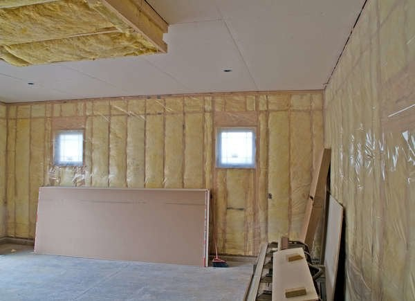 Insulate garage for winter