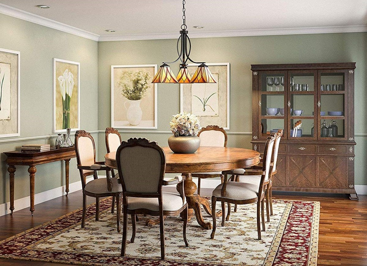 Dining Room Lighting Ideas For Every, Traditional Chandeliers For Dining Rooms