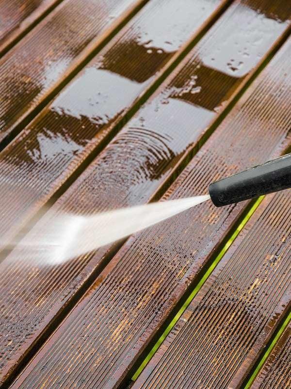 Pressure washing decks