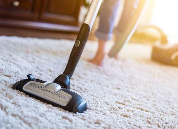 Borax Uses: Refreshing Carpets
