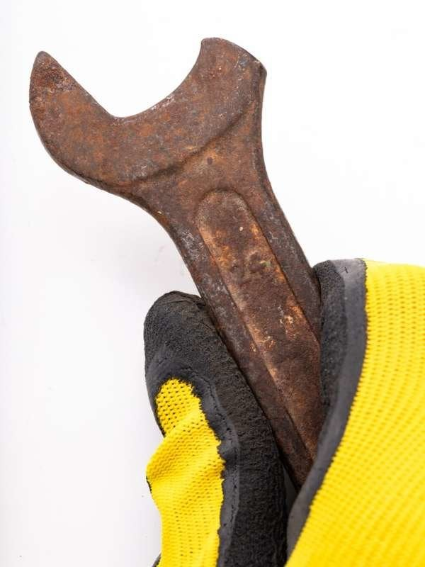 Borax Uses: Removing Rust