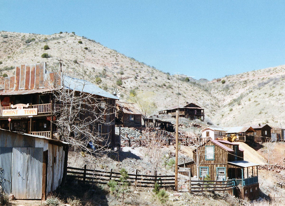 10 American Boom Towns That Became Ghost Towns