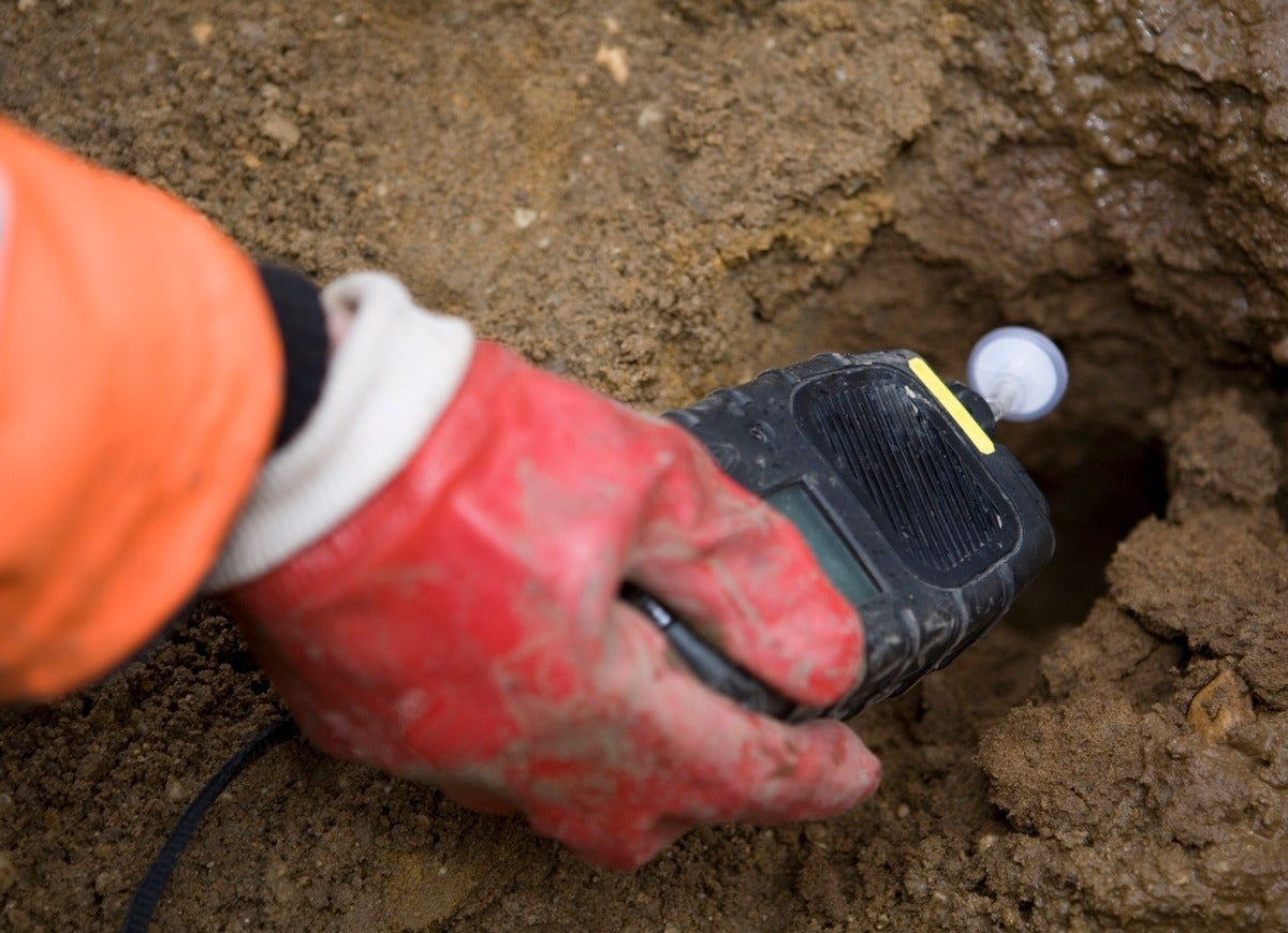 7 Fertilizer Mistakes Most Home Gardeners Make