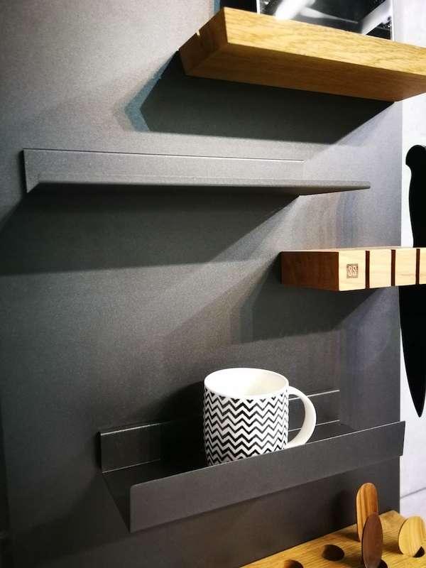 Garaje de estantes magnéticos