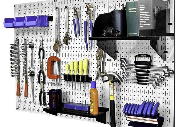 garaje de tablero de clavijas personalizable