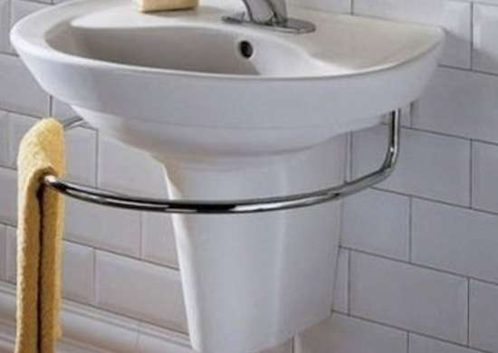 8 Small Bathroom Tips From The Pros, Sinks For Small Bathrooms Wall Mount