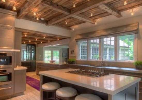 Открытые кухонные балки
