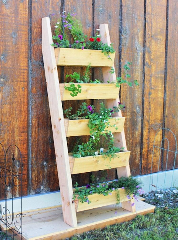 Diy Vertical Garden 14 Ways To Grow, How To Make A Vertical Garden Planter
