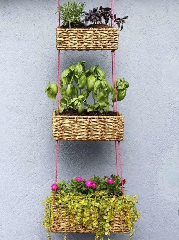 Как сделать вертикальный сад и грядки, имея небольшой участок? Купить металлические грядки